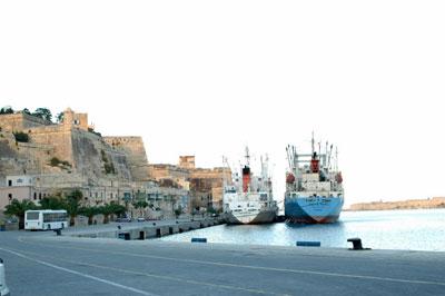 harbor/ships