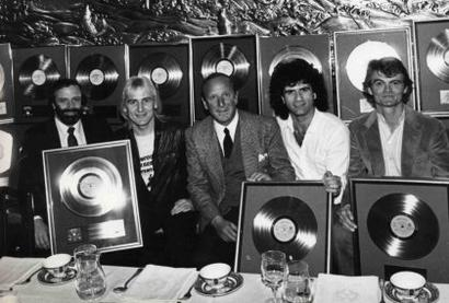 Clive Davis presents Gold Record Award for HEADHUNTER