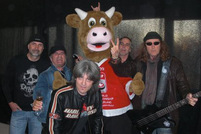 KROKUS 2009 Backstage At Ice Hockey World Championship