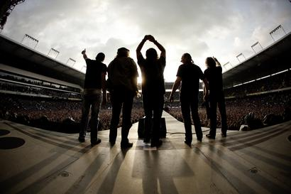 Best Swiss Rock Fans At Stade De Suisse