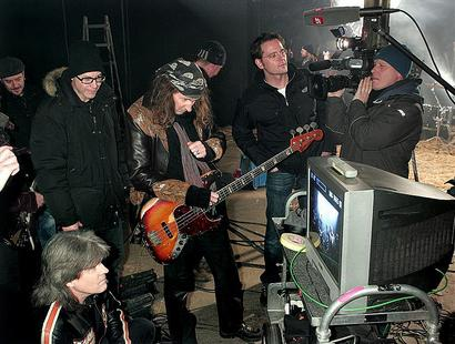 Freddy, Chris + film crew